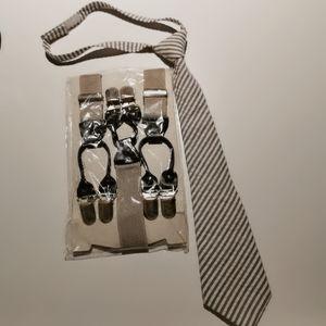 3⃣/💰25 Gap boys Tie and Suspenders
